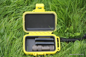 Waterproof outdoor box small